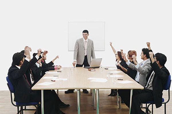 Thông báo thay đổi người đại diện theo pháp luật của doanh nghiệp