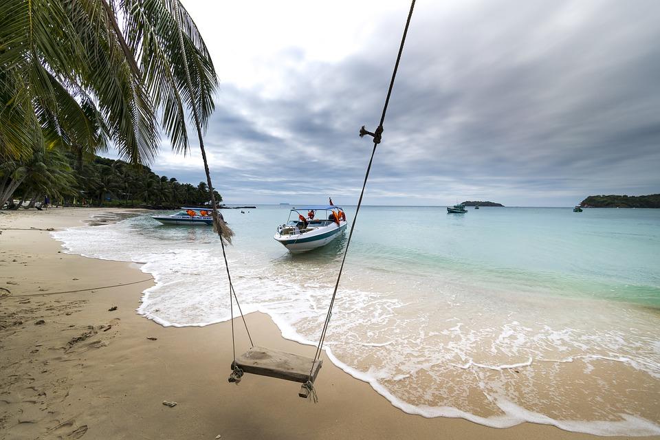 Du lịch là ngành tiềm năng mang lại kinh tế lớn đối với nước ta