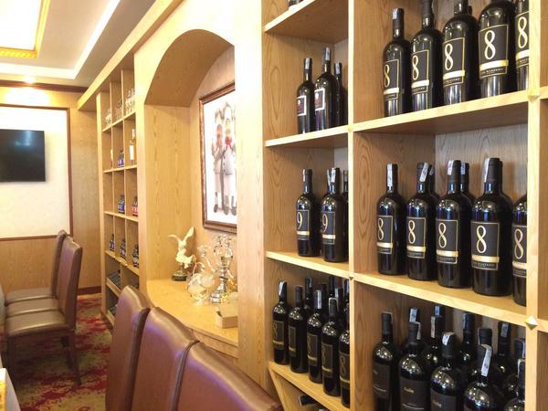Điều kiện để nhập khẩu sản phẩm rượu về phân phối tại Việt Nam