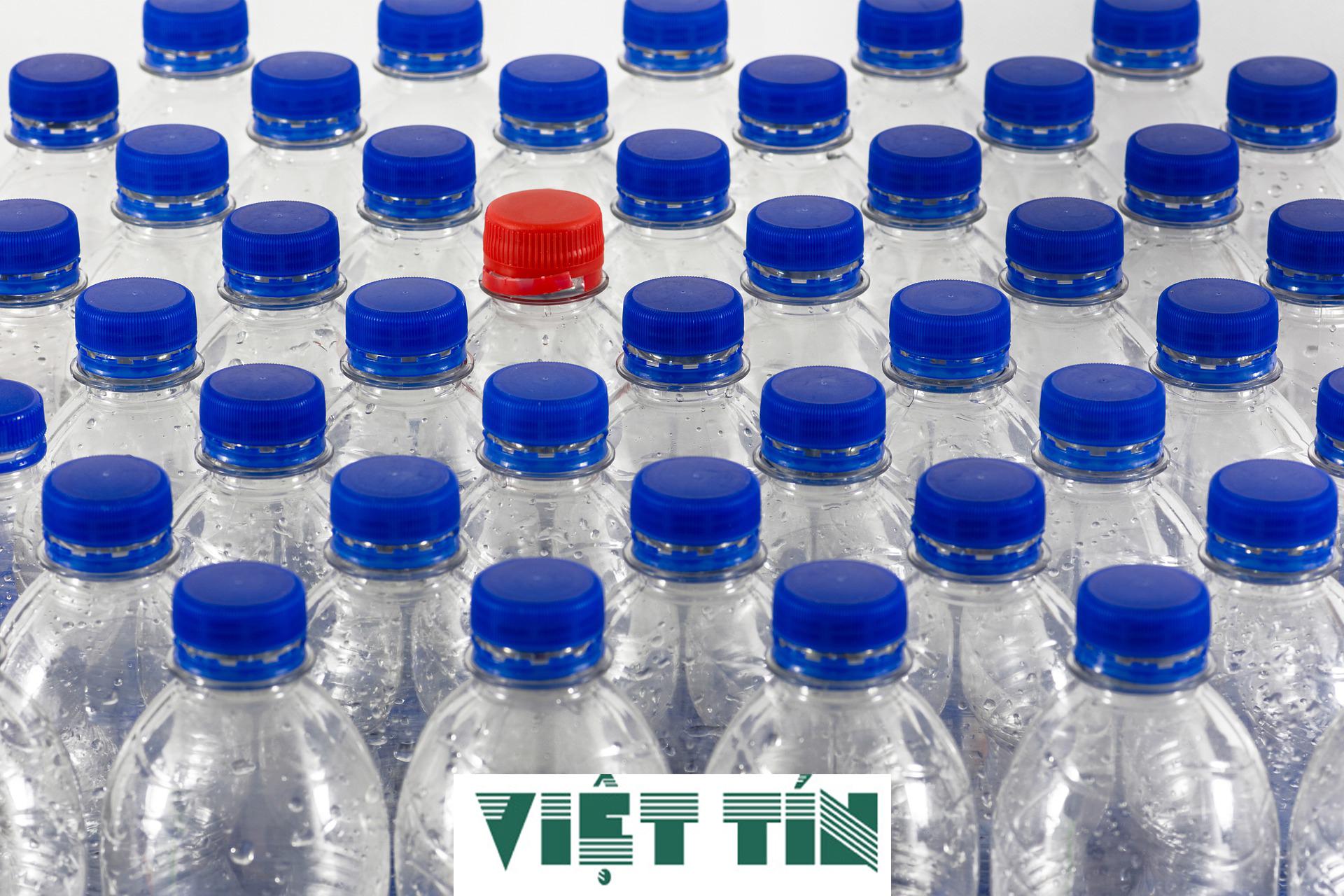 Công bố nước uống đóng chai đơn giản cùng Luật Việt Tín
