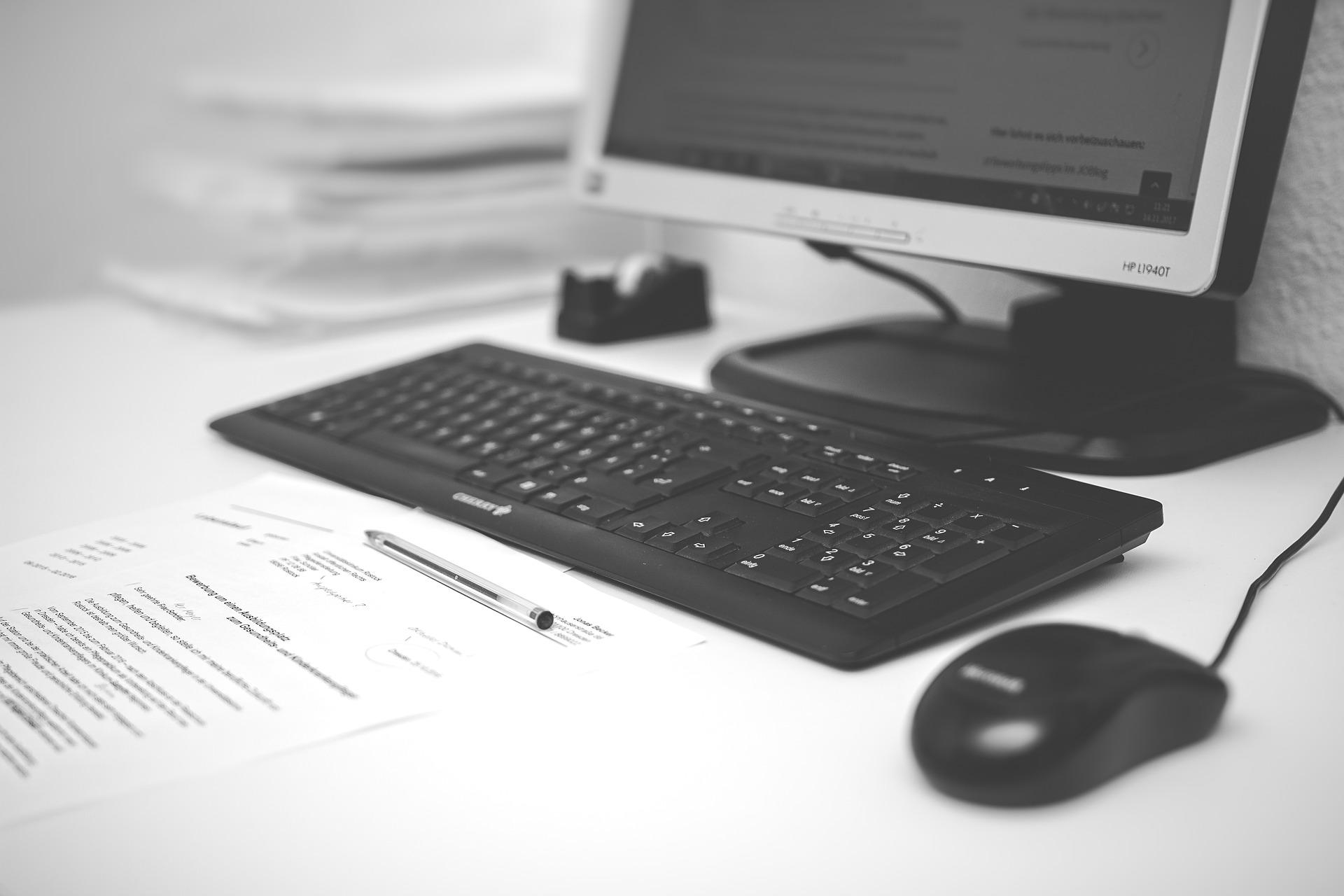 Hồ sơ công bố thực phẩm chức năng được nộp dưới 2 hình thức đó là nộp hồ sơ online qua cổng thông tin quốc gia hoặc nộp hồ sơ trực tiếp tại cơ quan nhà nước được chỉ định.